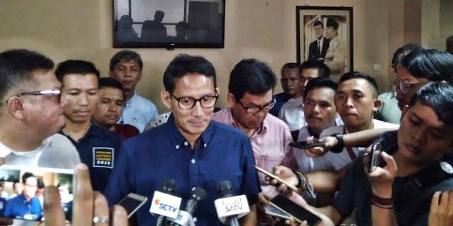 Jawaban-jawaban kubu Jokowi saat dikritik tajam Sandiaga Uno
