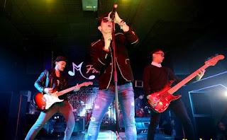 Download Kumpulan Lagu Seventeen