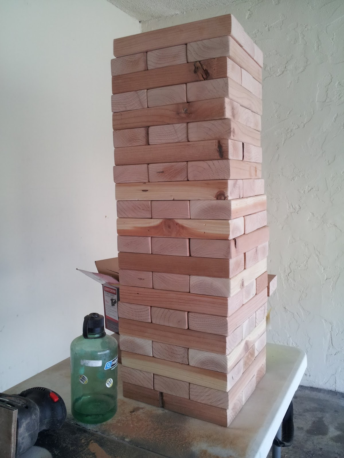 Think Crafty Thoughts: Giant Version of a Stacking Game Rhyming with