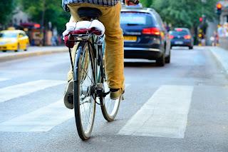 Consejos para montar en bici por ciudad - Fénix Directo Seguros