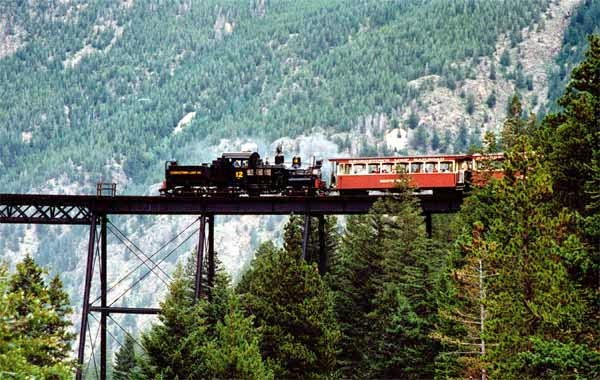 6. जॉर्जटाउन लूप रेलरोड, यूएसए (Georgetown Loop Railroad, USA)