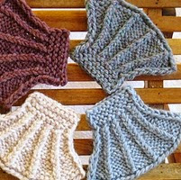 http://www.ravelry.com/patterns/library/seashell-coasters