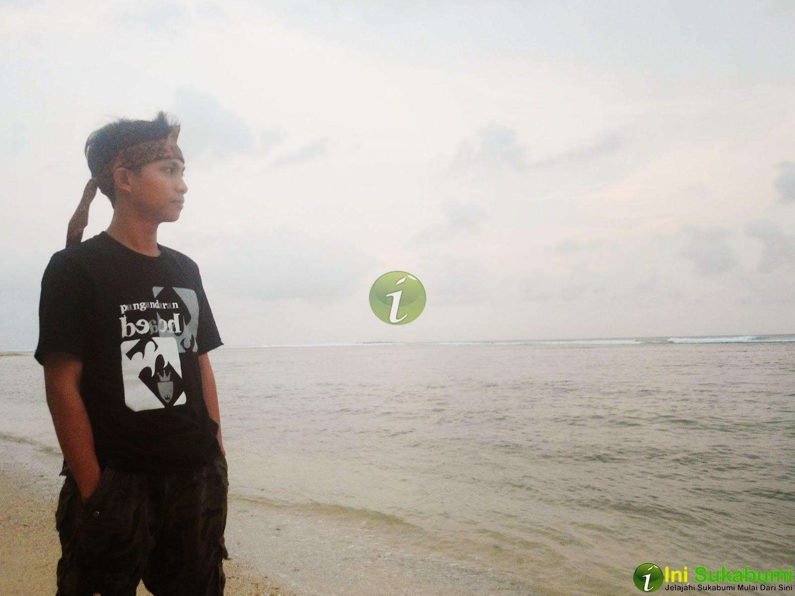 Wisata Andalan di Ujung Genteng, Pantai Ujung Genteng
