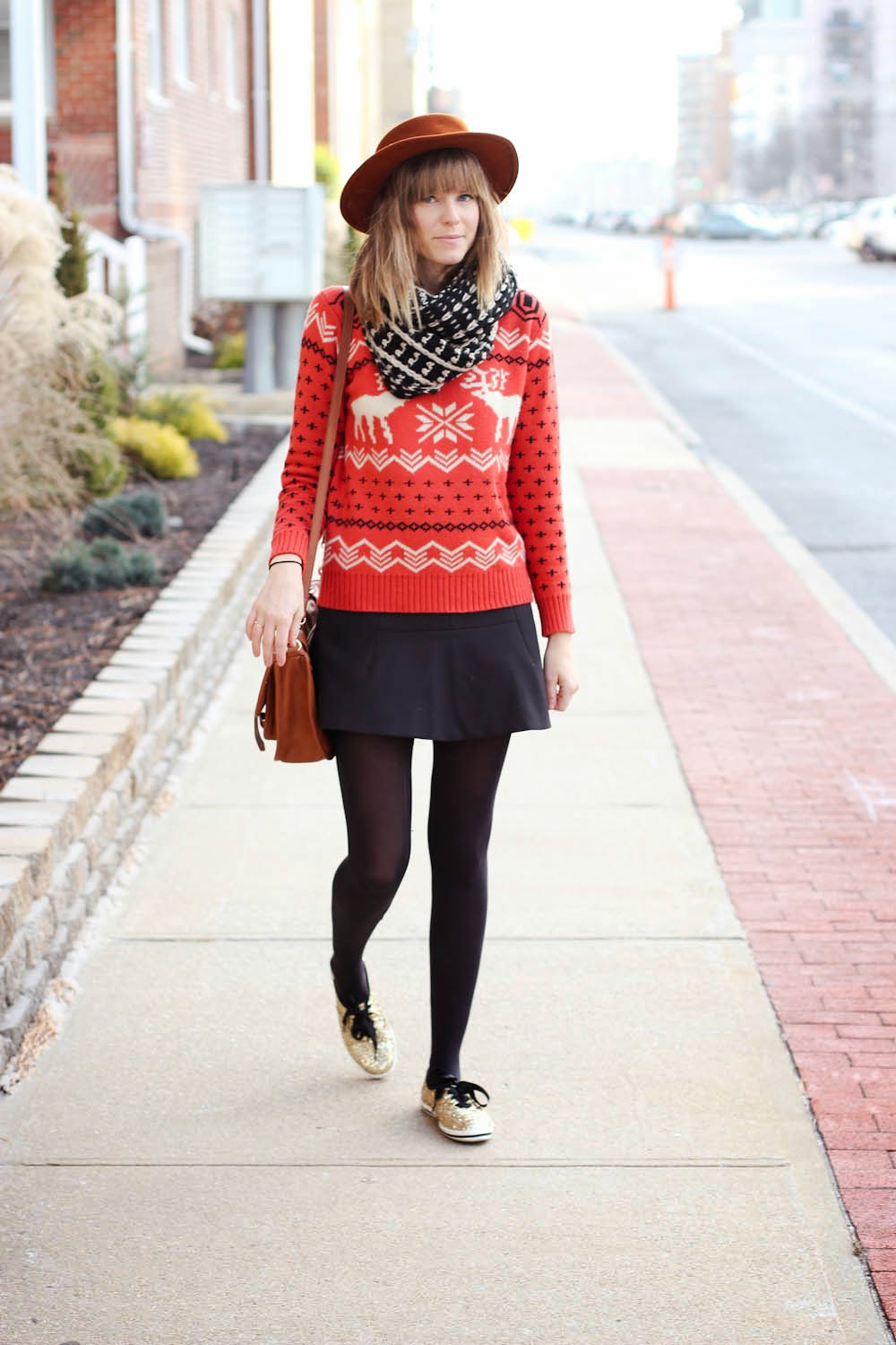 reindeer sweater, kate spade glitter keds, vintage fashion blog, ny vintage blog, nyc vintage blog, fall outfit post