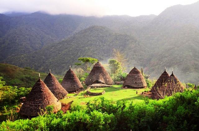 Desa Wae Rebo, NTT