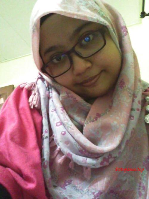 Jilbab Bugil Selfie Sampe Mainin Memek
