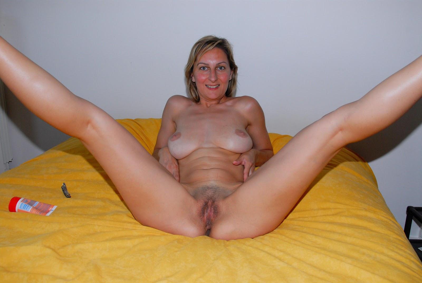 Зрелых женщин показать интимные места