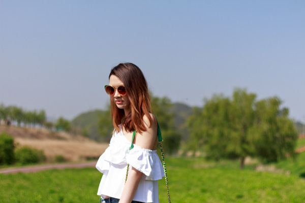 summer style, korean style, korean fashion, zara, off the shoulder, frilled shirt, boyfriend jeans, botkier, awkward boots