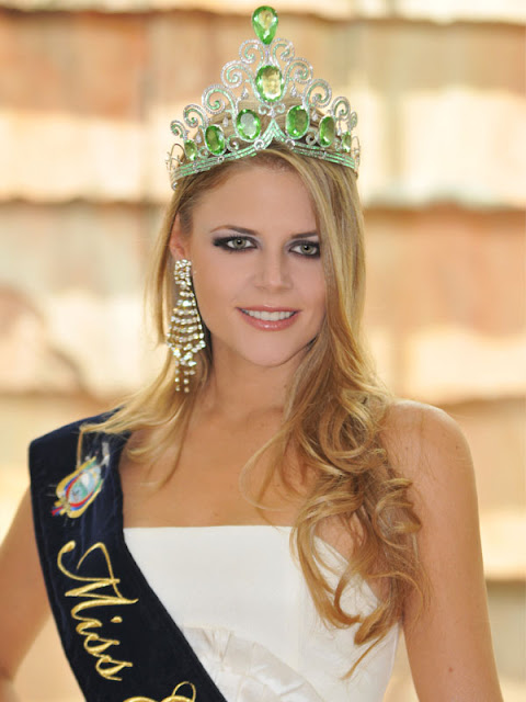 Ecuatoriana favorita en Miss Universo 2011