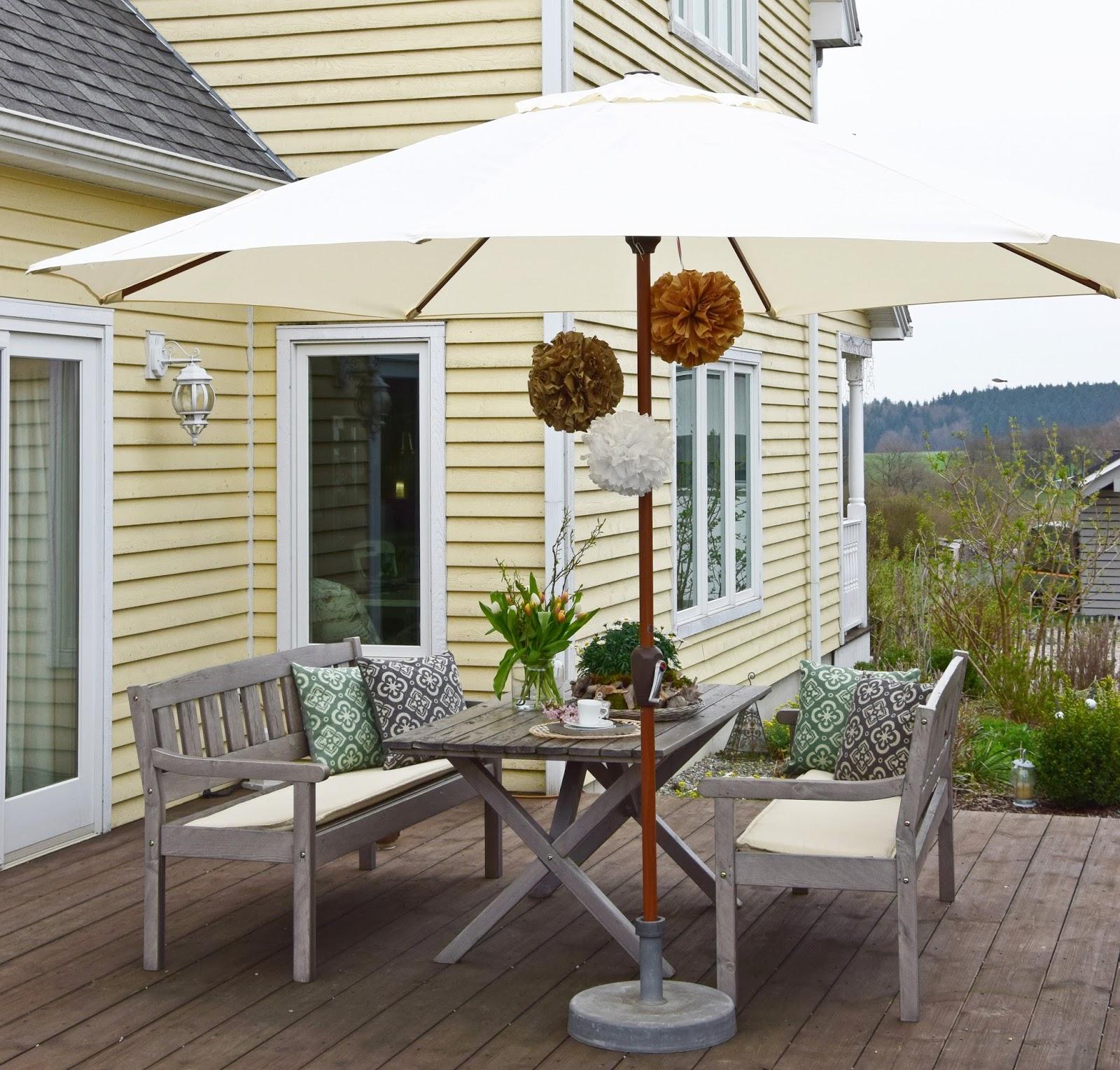 so wird eure terrasse in wenigen schritten fit f r den fr hling und sommer eclectic hamilton. Black Bedroom Furniture Sets. Home Design Ideas