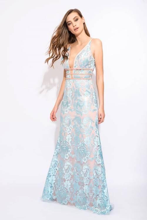 vestido de festa azul claro rendado