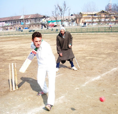 Captain of Jammu and Kashmir's Para-Cricket team Amir Hussain Lone has no hands but yet plays inspiring cricket.  The lad from Wagam Bijbehara in Anantnag has toured the country playing cricket and is being seen as a national prospect in para games.   Watching Amir Hussain Lone play is to witness the indomitable spirit of human effort.