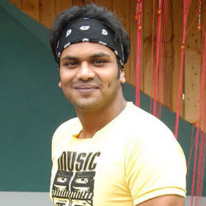 Manchu Manoj trying for 'Connecting People'