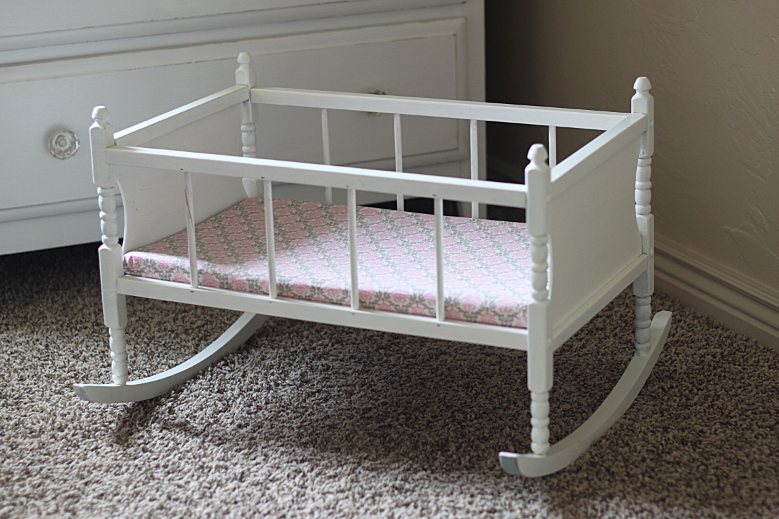 Do It Yourself Divas Diy Refinishing Baby Doll Cradle And