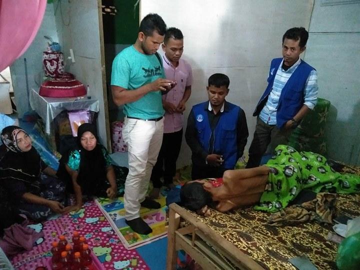 LPD Dampingi pengobatan Munawar penderita Patah tulang Paha dan Bocor Usus