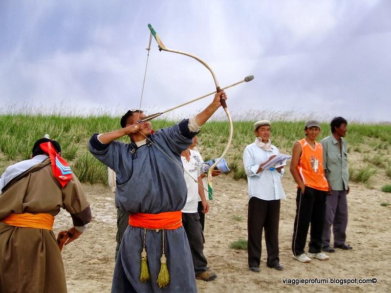 Gara di tiro con l'arco in Mongolia