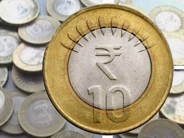 coin on the ice, tips while travelling, home safety while on holidays, food safety, coin in fridge