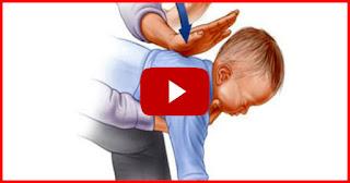 Le cauchemar de tout parent: Comment sauver votre bébé D'étouffement en 3 minutes (VIDEO)