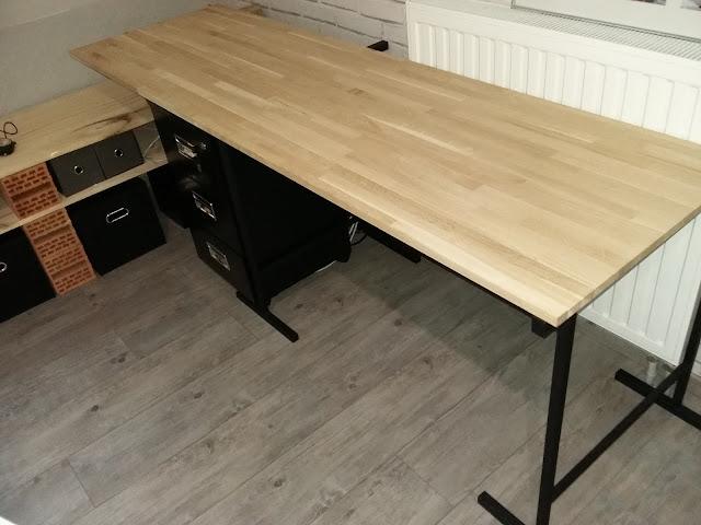 Bureau tréteau planche bois métal look industrielle vintage loft facile pas chère caisson tiroir roulette métal noir design