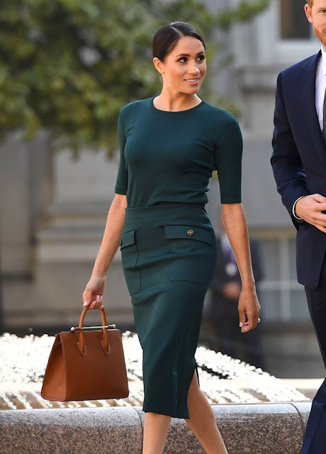 meghan marble green outfit Meghan markle royal best outfitsmariafelicia magno fashion blogger color block by feyly outfit moglie harry duchessa Sussex