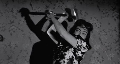 Joan Crawford y su hacha
