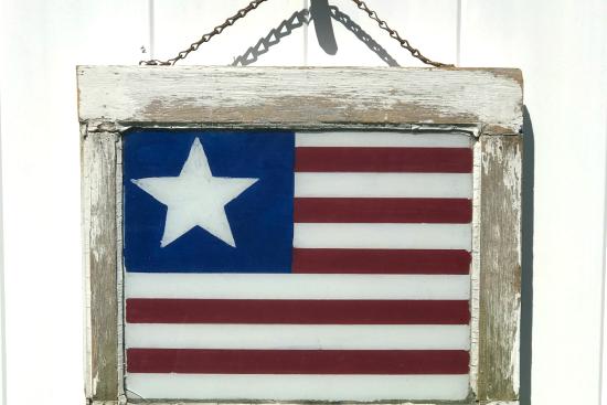 Chippy Window American Flag