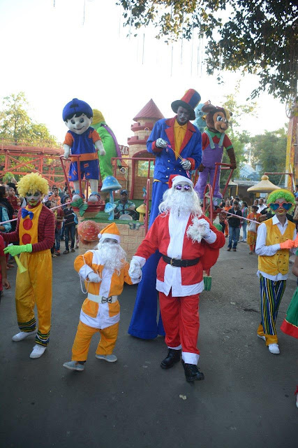 Little Santa at EsselWorld carnival