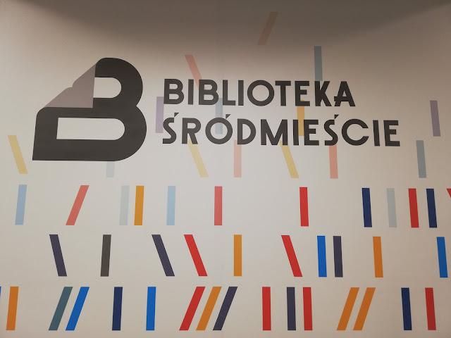 Miejsce z książką #1: Biblioteka Śródmieście w Gdyni