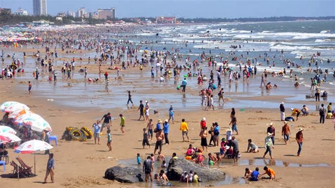 Vung Tau, a favorite beach of Southern people 10