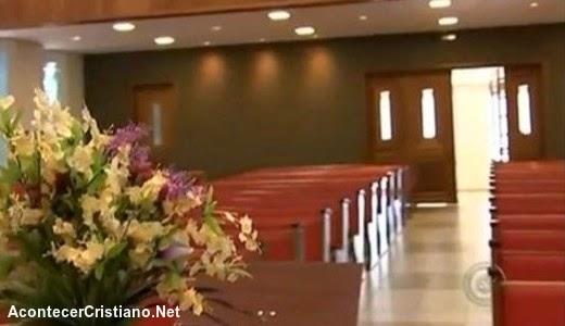 Ladrón se arrepiente en iglesia