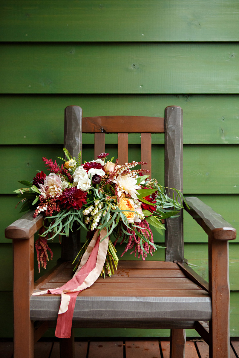 Montana Bridal Bouquet / Photography: Brooke Peterson Photography / Wedding Coordinator: Courtney of 114-West / Venue: Kootenai Lodge / Bride's Bouquet: Mum's Flowers
