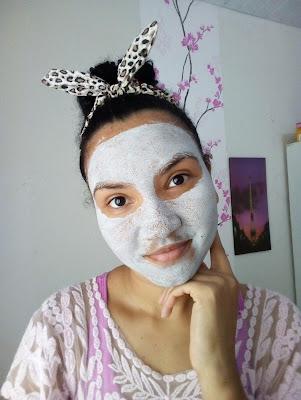 Como cuidar da pele com manchas de acne
