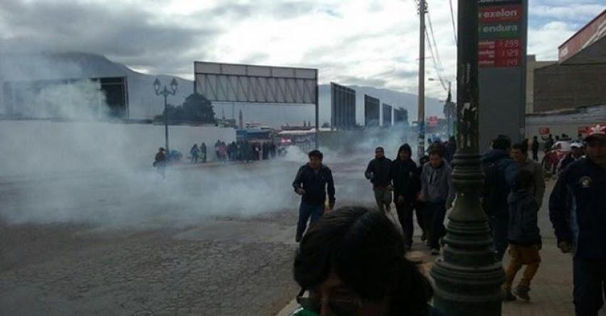 Enfrentamiento entre maestros y policías dejó un detenido el en Cusco