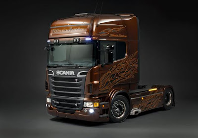 fotos de camiones scania v8 black amber frontal