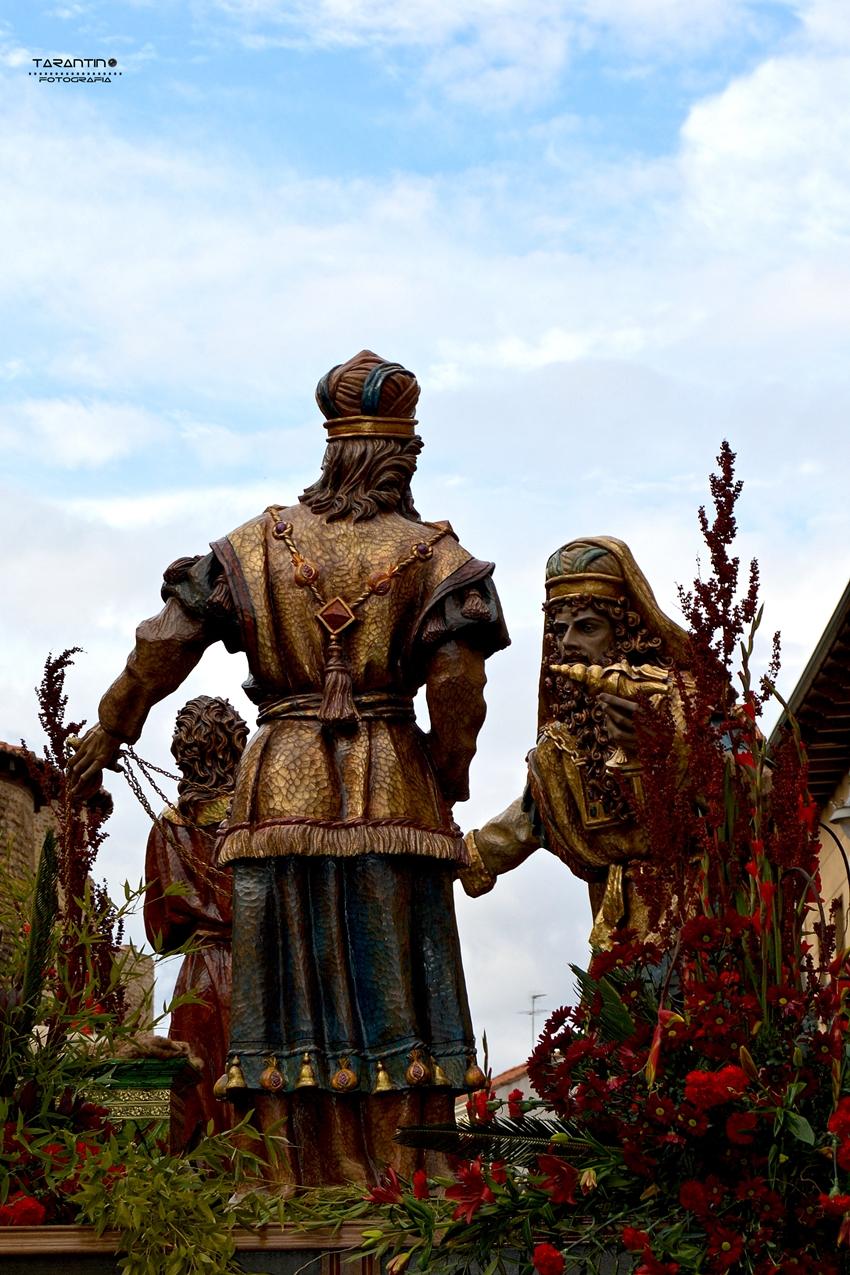 Expulsión del templo. Cofradía Cristo del Gran Poder. León. Foto. Danilo Tarantino.
