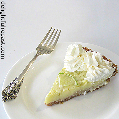 Key Lime Pie - Without Condensed Milk / www.delightfulrepast.com