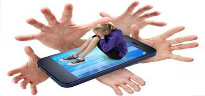 why-teenagers-rarely-share-online-risks-with-parents
