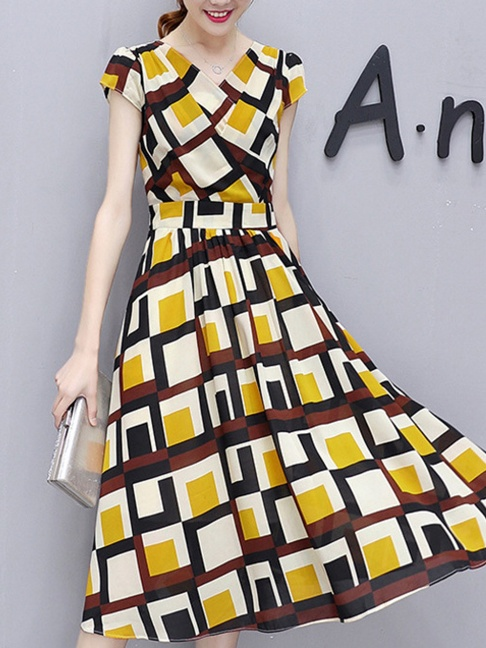 V-Neck Color Block Plaid Midi Chiffon Skater Dress -Flash Sale (Extra 10% Off):US$28.45