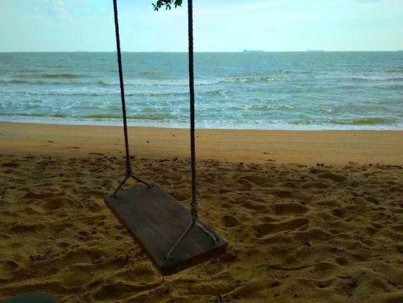 chalet pantai suria pengkalan balak buaian