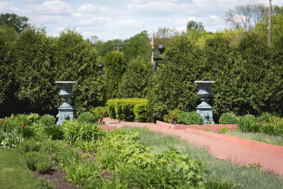 Munsinger Gardens