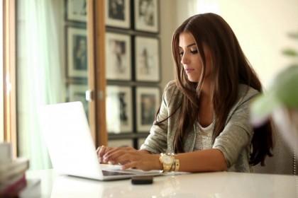 6 Tips Memulai Bisnis Tanpa Harus Meninggalkan Pekerjaan Anda di Kantor