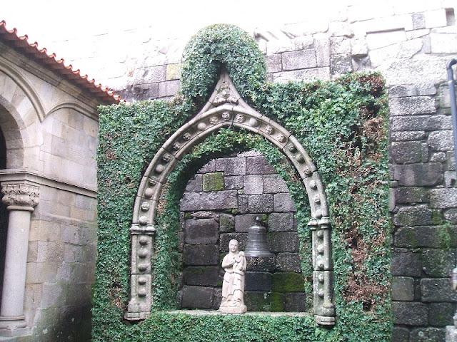 Informações da Igreja da Oliveira em Guimarães