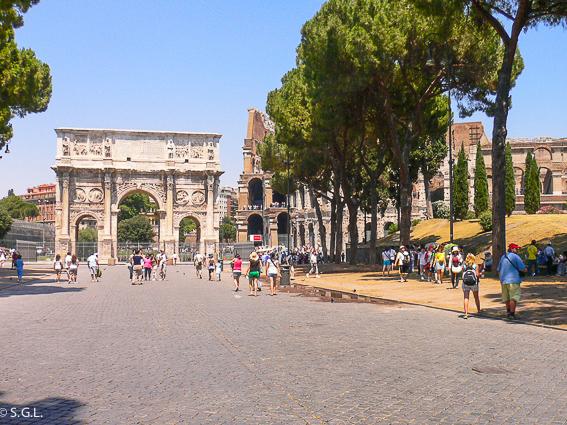 Arco de Constantino y Coliseo de Roma