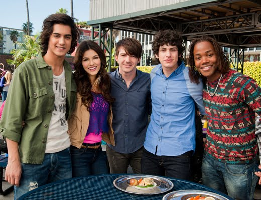 """NickALive!: Where Are They Now: Nickelodeon And """"Drake And ..."""