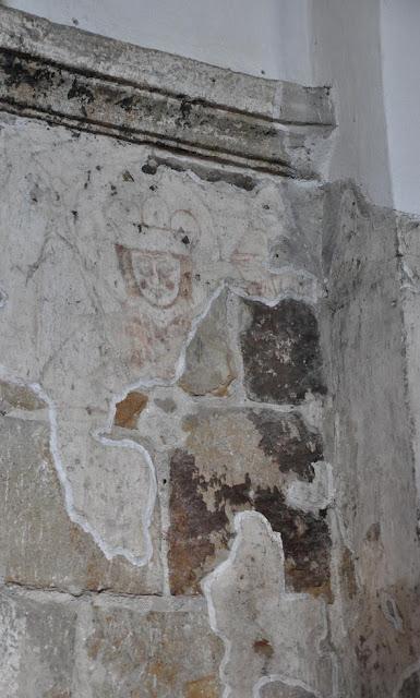 XII wieczny fresk w romańskim kościele w Tropiu
