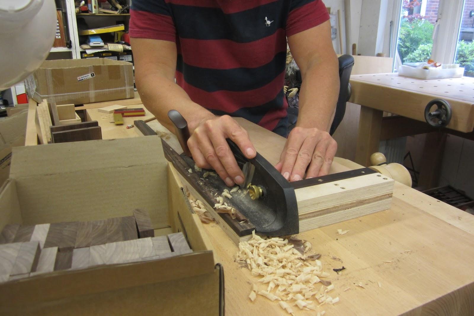 david barron furniture: veritas shooting board plane