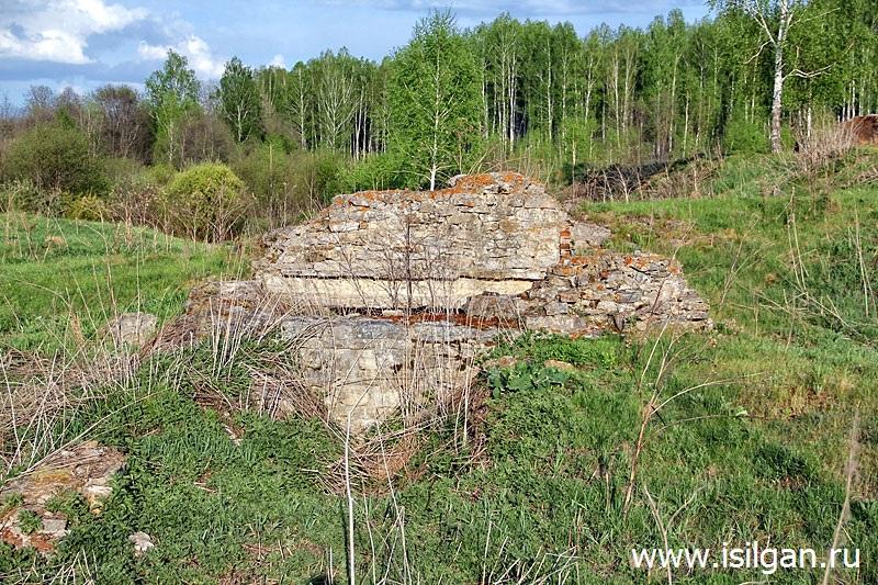 Karnaev-kamen-Razrushennaja-melnica-Cheljabinskaja-oblast