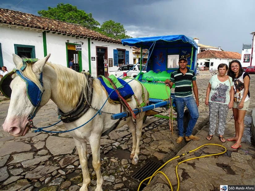 Charreteiro José Geraldo e seu Chapolin - passeio de charrete em Tiradentes
