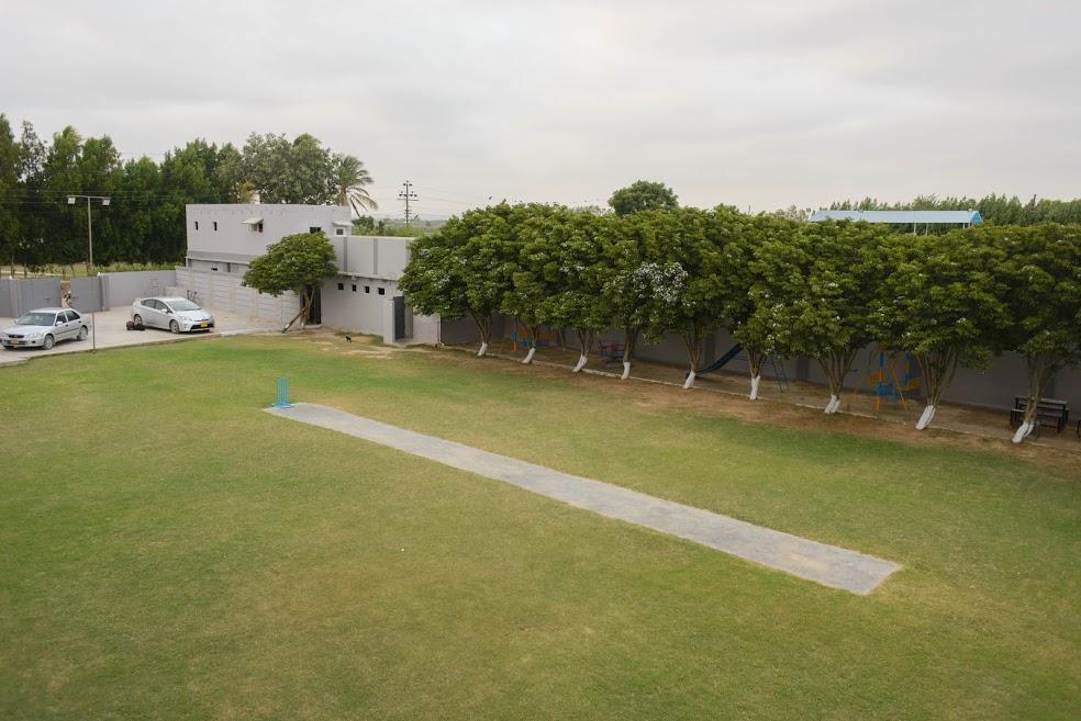 Farmhouse In Karachi