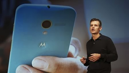 Google's Motorola seeks comeback with low-cost smartphone  ll http://technology-professionales.blogspot.com/2013/11/googles-motorola-seeks-comeback-with.html
